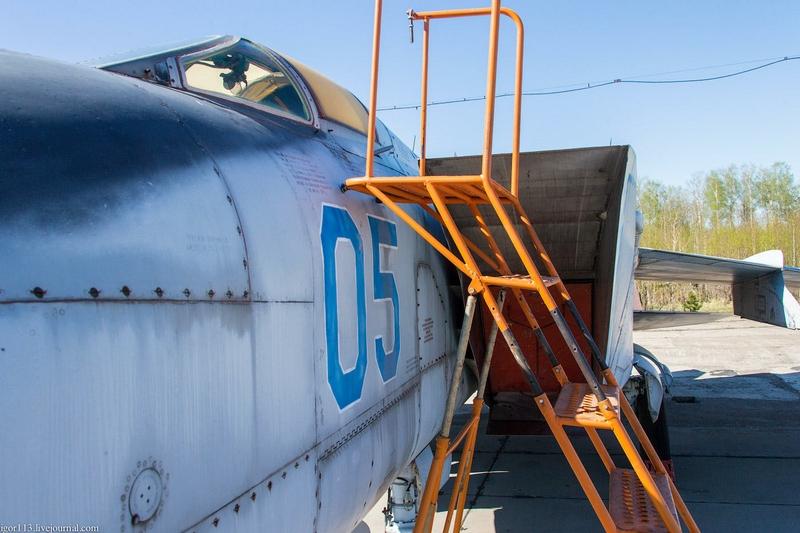 Interceptor MiG 25: Training Version