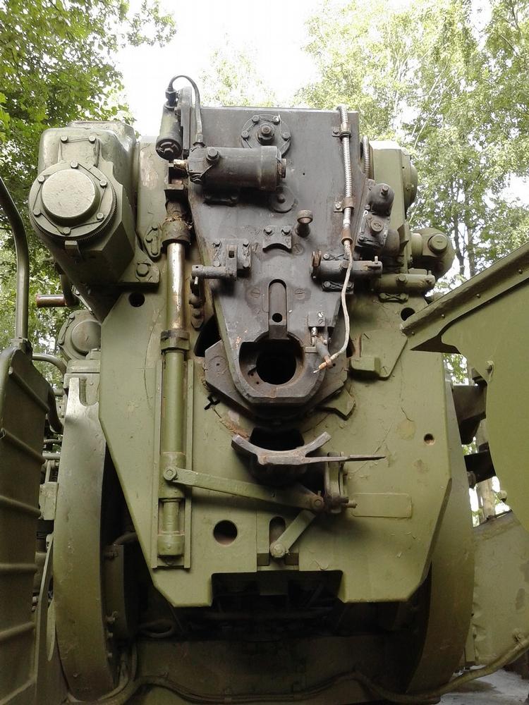 Soviet Pion Gun