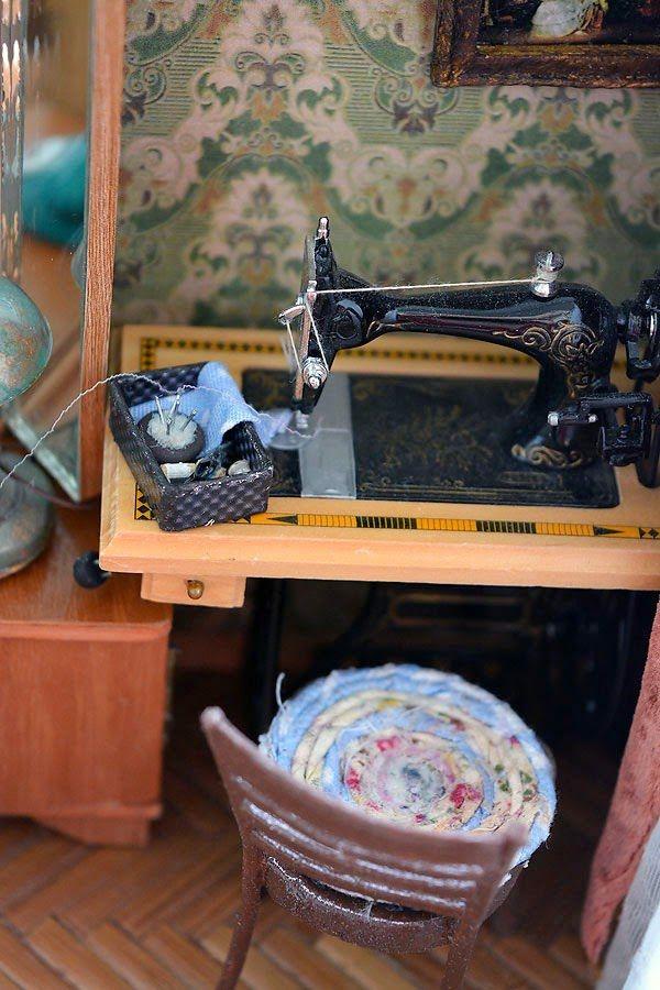Soviet Living Room: Great Miniature DIY Project
