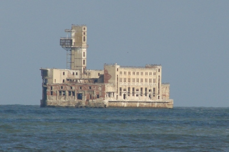 Test Station Decaying In the Waters of the Caspian Sea