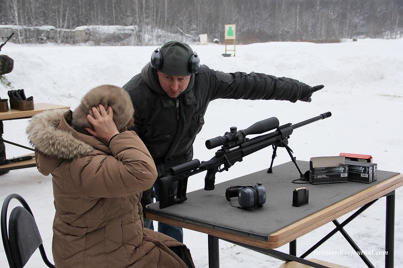 Handguns Exhibition 22