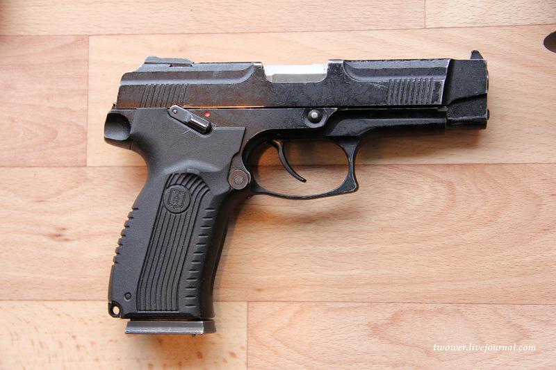 Handguns Exhibition 9