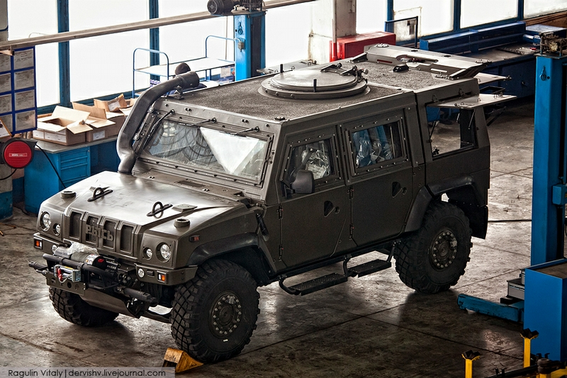 Armored Car IVECO Lynx