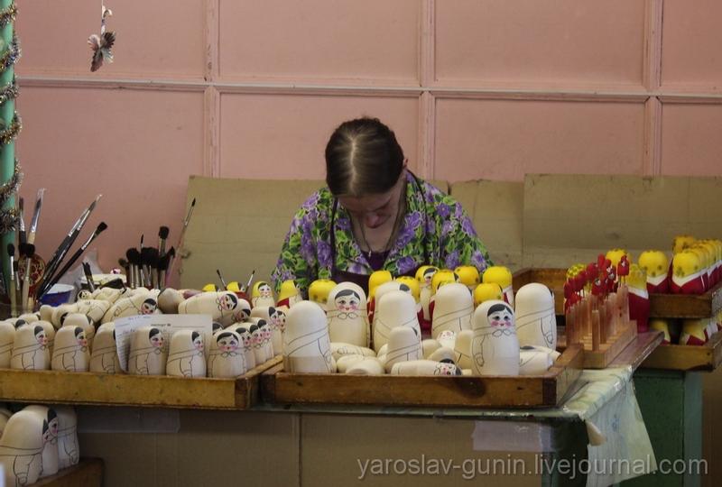 Exclusive: Birth of Russian Matryoshka Dolls