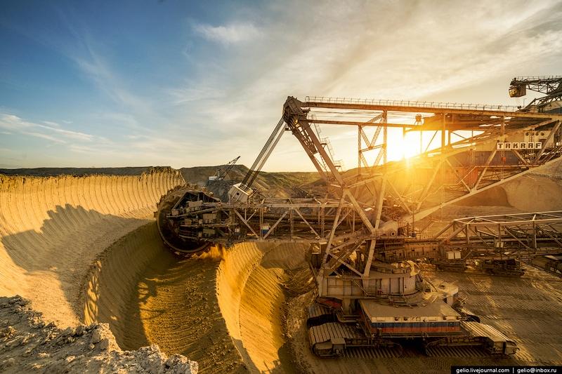 The Unique Huge Coal Mining Complex
