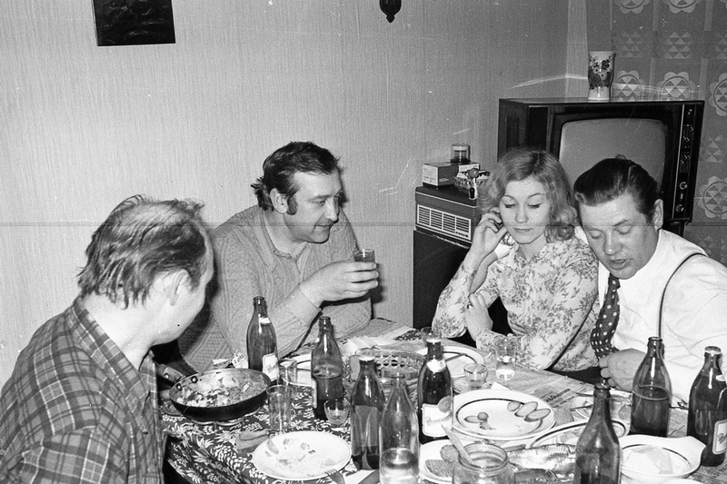 Having Guests In the Soviet Days