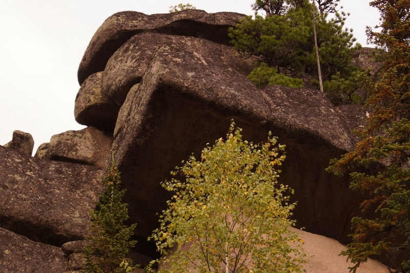 mysterious giant megaliths discovered in russia puzzle scientists. Black Bedroom Furniture Sets. Home Design Ideas