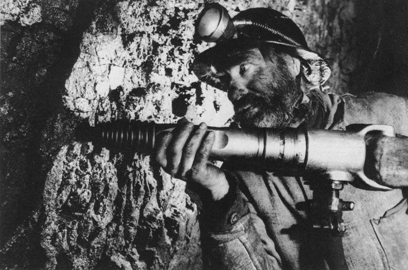 Soviet Photography 1917-1940