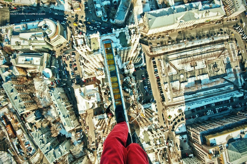 Ukrainian Dare Devil Simply Doesn't Afraid the Heights