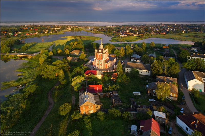 Toropets: the Small City of Churches
