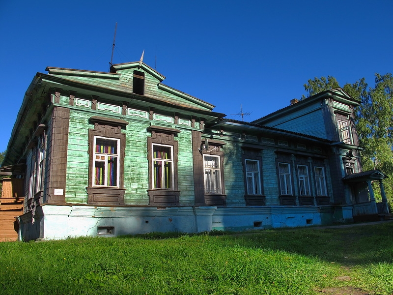 Well Preserved Russian Houses of the XIX Century