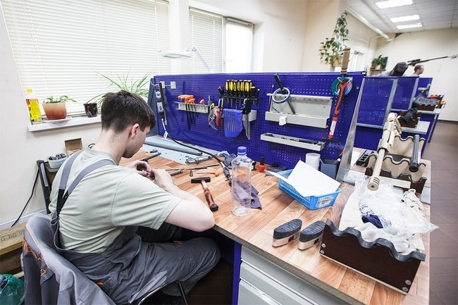 Making Rifles In Russia