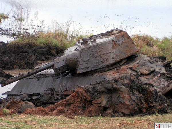 russian tank recovered from the lake 13