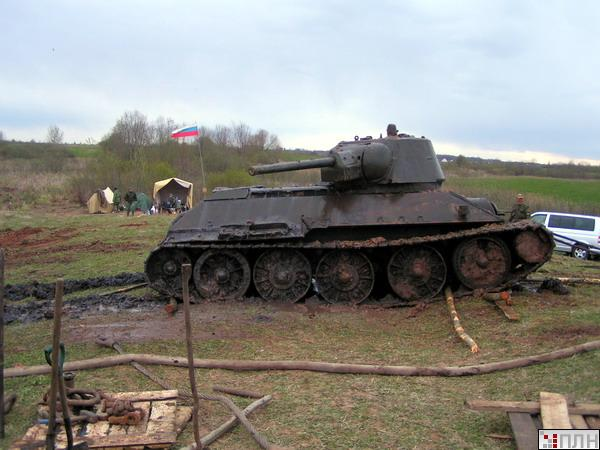 russian tank recovered from the lake 7