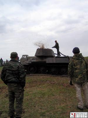 russian tank recovered from the lake 8