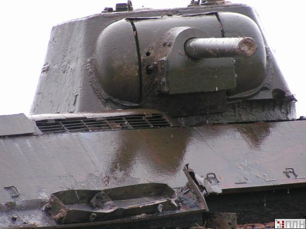 russian tank recovered from the lake 9