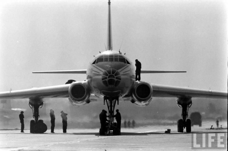 Tu 104 That Started The Era Of Jet Airliners In the USSR