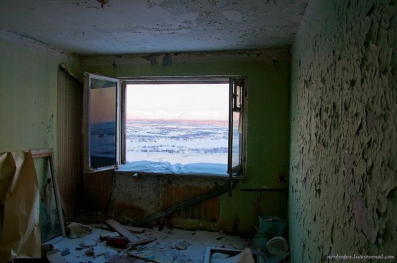 Gostinka, Abandoned House In Norilsk