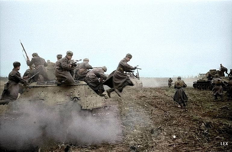 Rare Photos of WWII In Color