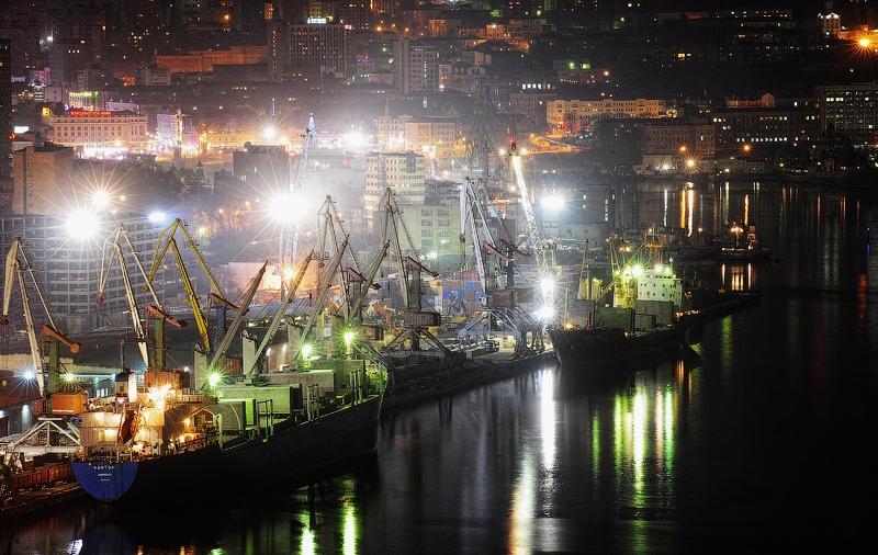 http://englishrussia.com/images/112012/atnght/atnight003-9.jpg