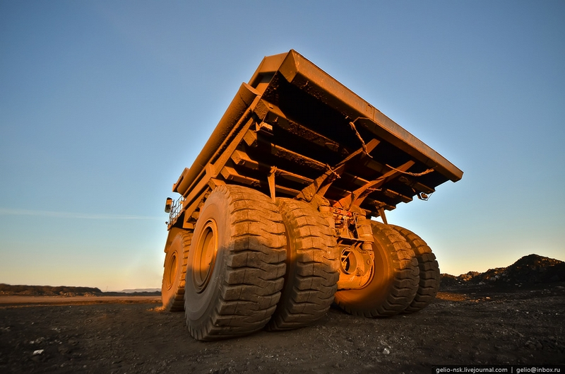 BelAZ-75600, The Biggest Dump Truck In The CIS Countries