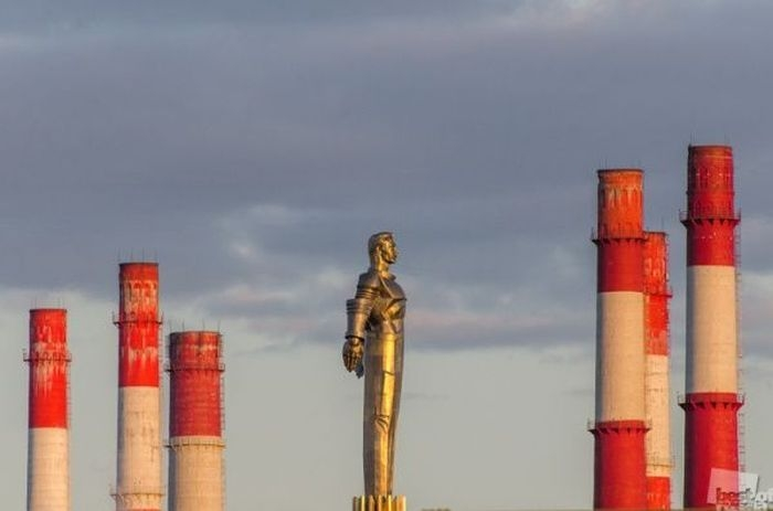 TOP 40 Best Photographs In Russia 2012