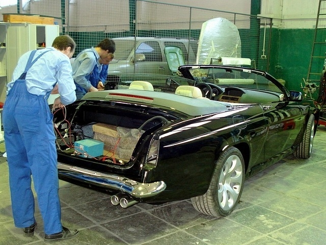 BMW Turns Into GAZ!