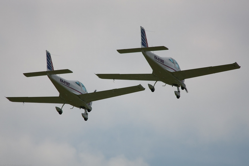 Aerobatic Tricks From the Russian Team