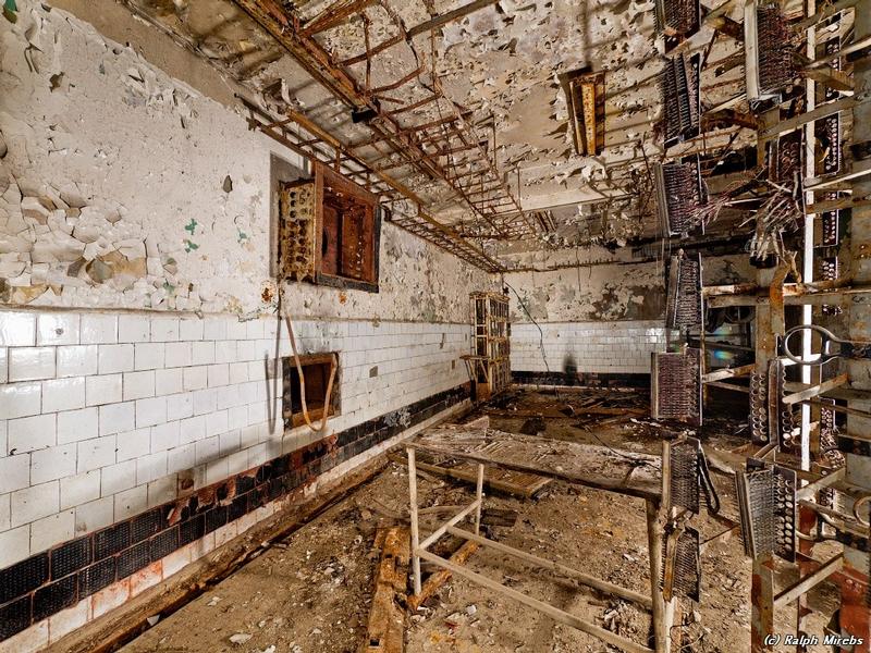 commcenter001 12 Abandoned Communication Center