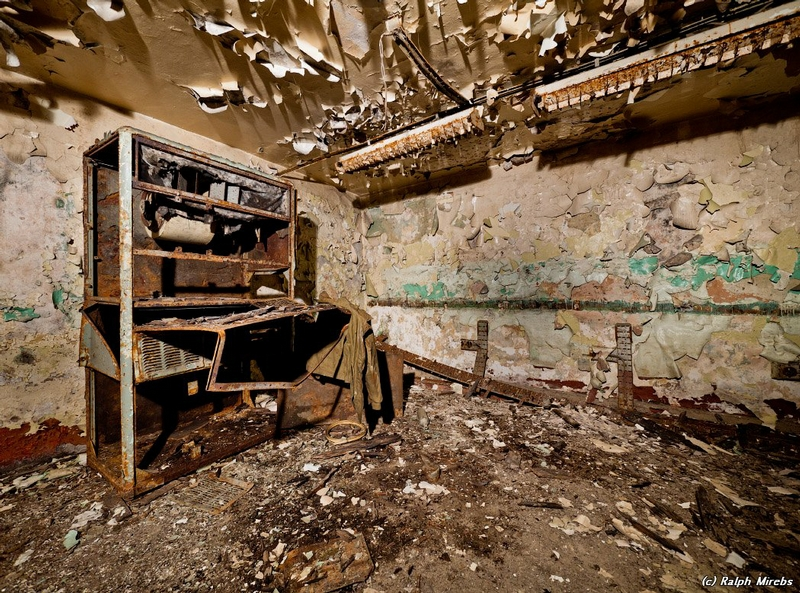commcenter001 18 Abandoned Communication Center