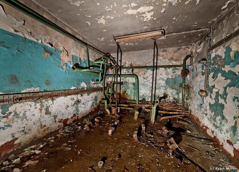 commcenter001 33 Abandoned Communication Center