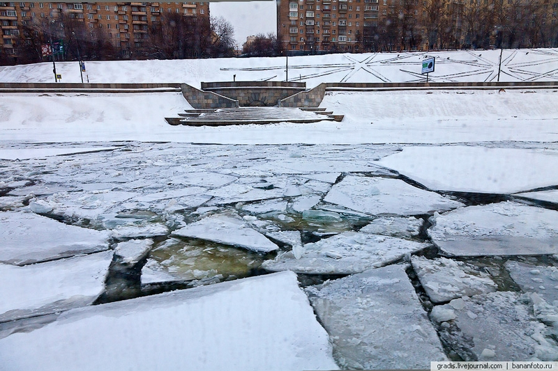 Going On A Cruise Down The Moskva River At -24C