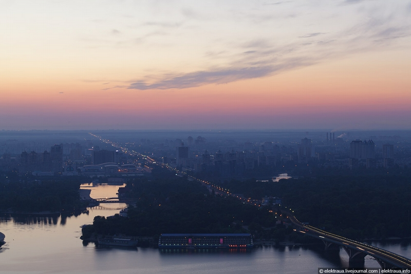 Morning Comes to Kiev