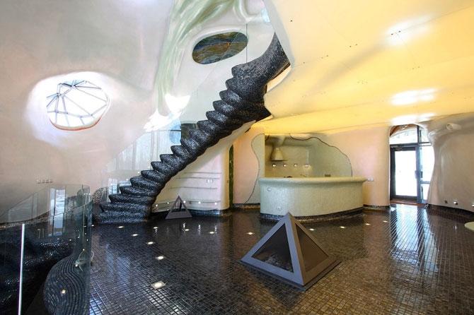 Sea Monster Freak House