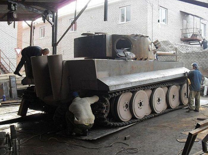 اصلاح الدبابات والمدرعات  - صفحة 2 Handmadetank-59