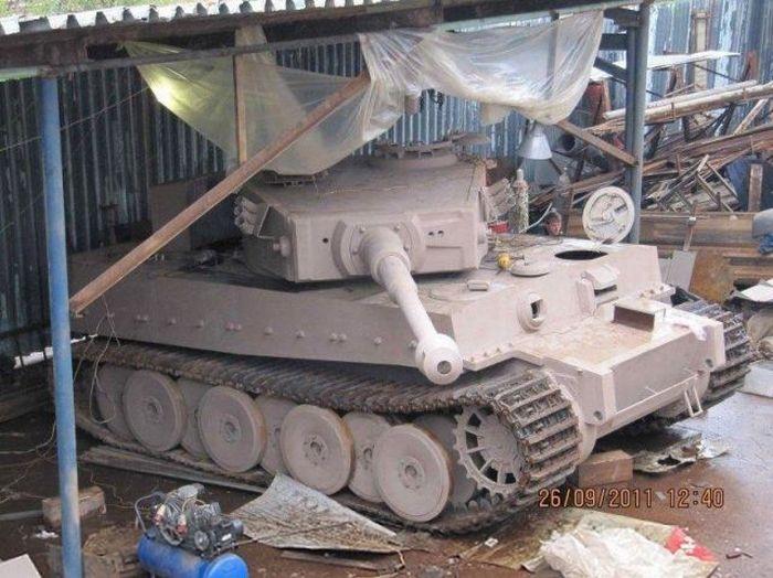اصلاح الدبابات والمدرعات  - صفحة 2 Handmadetank-61