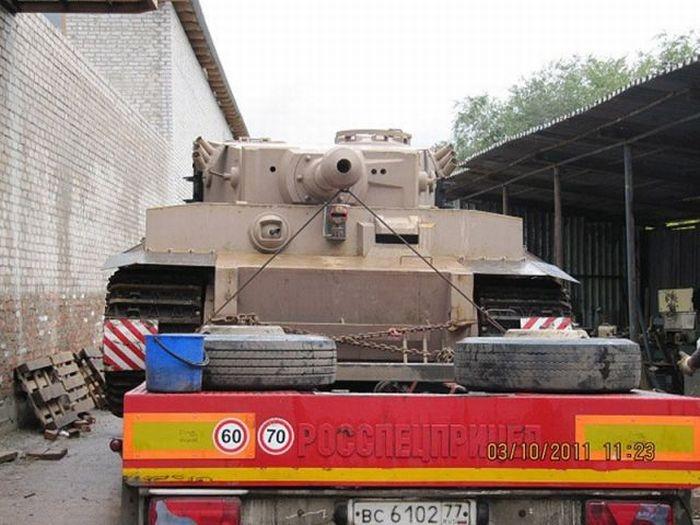اصلاح الدبابات والمدرعات  - صفحة 2 Handmadetank-67