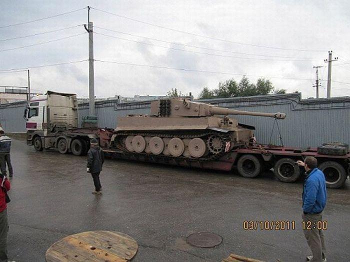 اصلاح الدبابات والمدرعات  - صفحة 2 Handmadetank-84