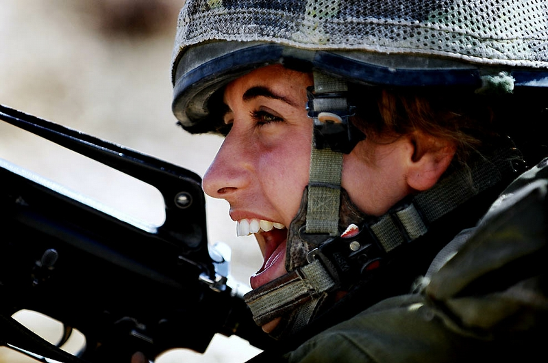 Israeli Women In the Army