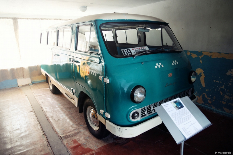Soviet Cars That Were Modern Once