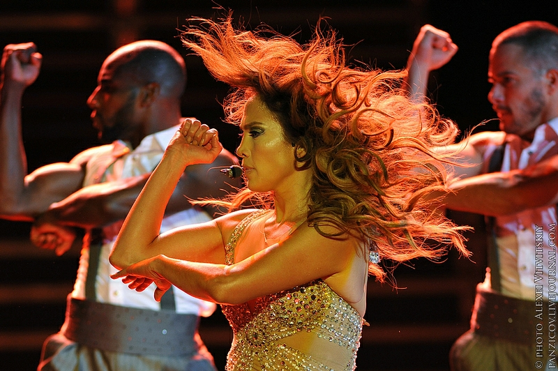 Jennifer Lopez Performs In Moscow