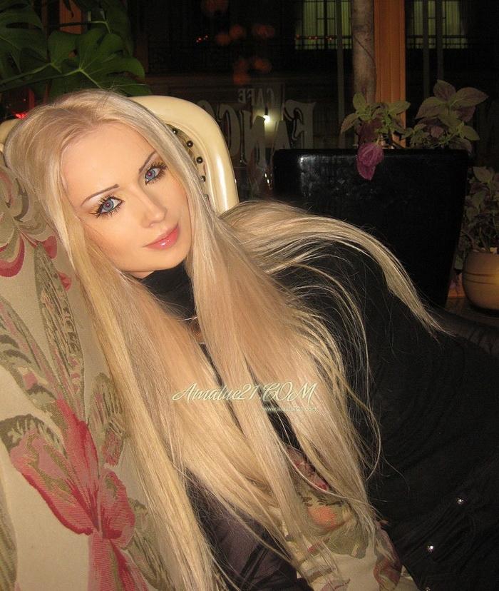 Barbie Make-Up Works Wonders