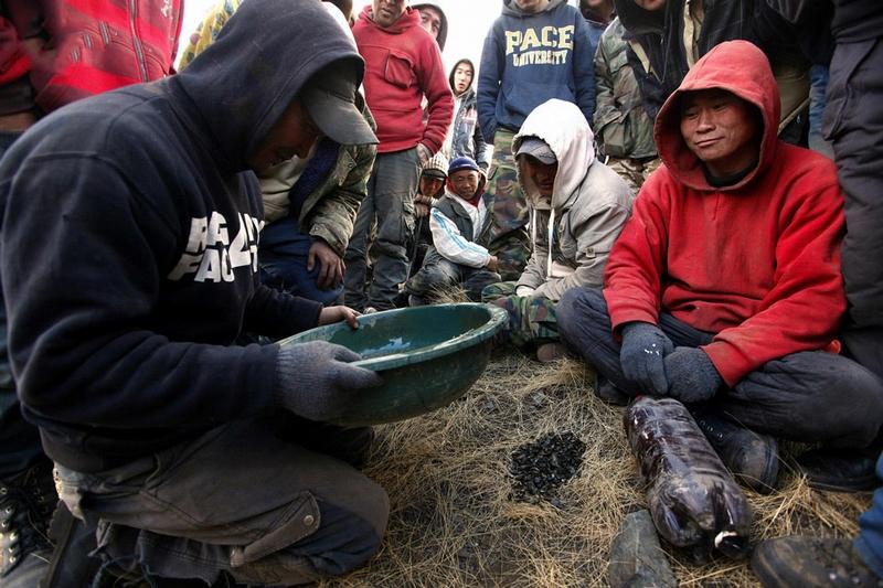 mongmine001 36 Black Ninjas of Mongolian Valleys