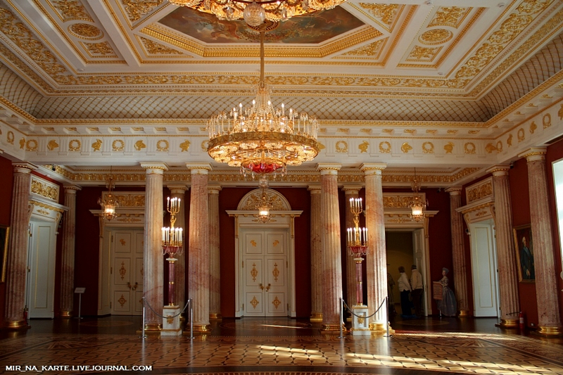Making A Tour Of The Grand Palace In Tsaritsyno