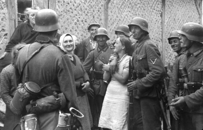 El tópic de la madre Rusia y sus encantadores bebedores rusos - Página 2 Occupation002-14