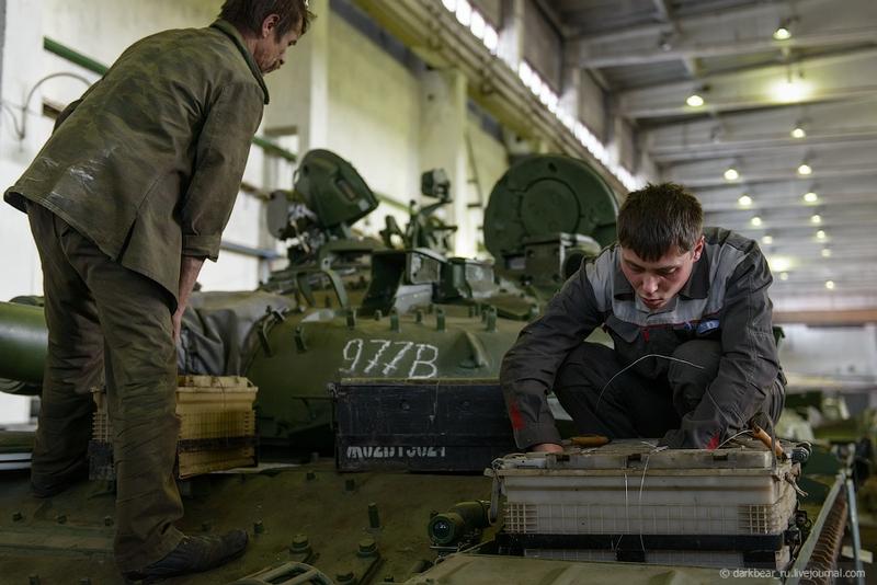 اصلاح الدبابات والمدرعات  Repairtansk001-17