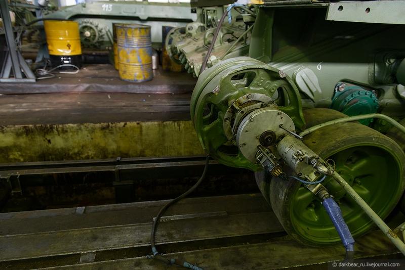 اصلاح الدبابات والمدرعات  Repairtansk001-20