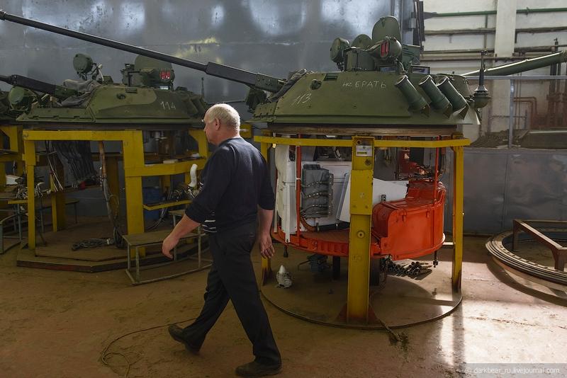 اصلاح الدبابات والمدرعات  Repairtansk001-22