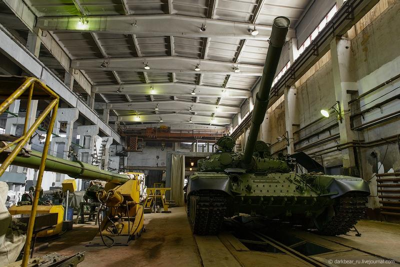 اصلاح الدبابات والمدرعات  Repairtansk001-24
