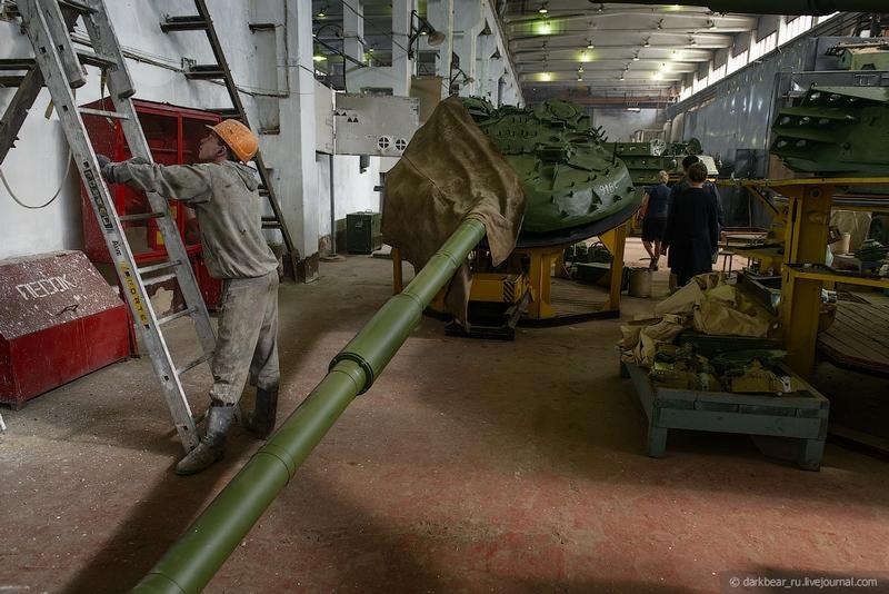 اصلاح الدبابات والمدرعات  Repairtansk001-28